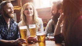 Британците по карантинот планираат да пијат повеќе