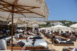 Нови правила на однесување на грчките плажи