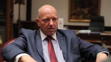 Според Црногорската влада, Бранко Азески е спремен за пензија