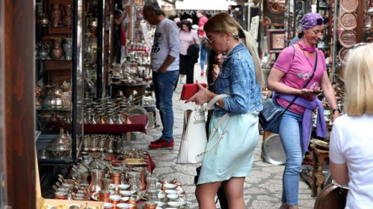 Босна е подобра од Македонија, просечната нето-плата во мај беше 501 евра