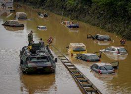 Меркел вети помош и климатска акција по поплавите