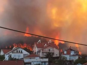 Во Македонија горат најмалку 10 пожари, а се гаснат со хеликоптери од соседните земји