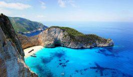 Островот Закинтос и градот Ханија на Крит во локдаун поради експанзија на ново заразени